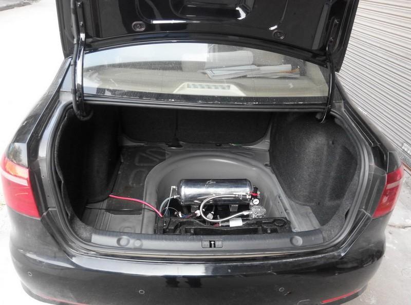 朗逸轿车改装气动避震空气悬挂