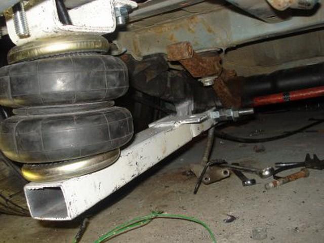 皮卡车空气悬挂气动避震改装
